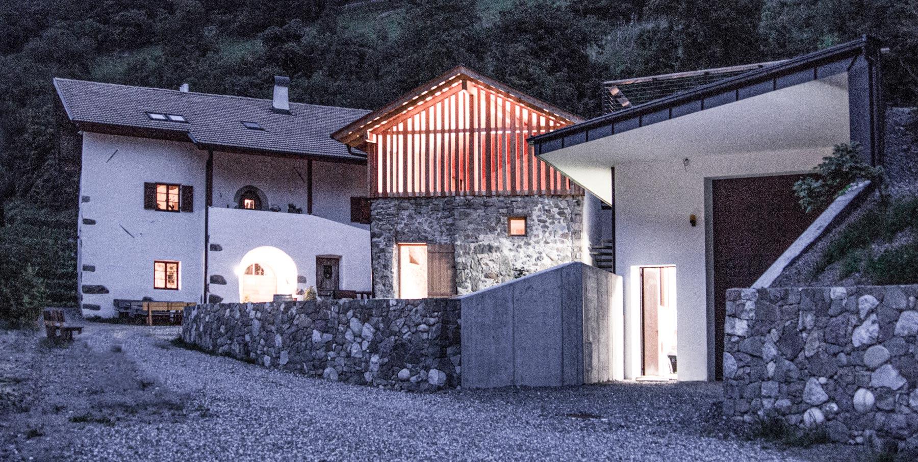 Modernes Weingut: der Wassererhof in Völs